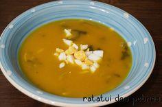 Sopa de legumes c/ espinafres, massinha e ovo cozido   ratatui dos pobres
