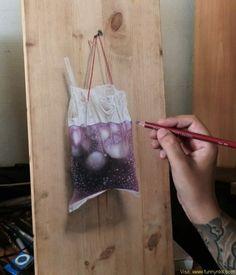 Artist Ivan Hoo Creates Superb Hyper Realistic Art On Wood Panels Realistic Paintings, Realistic Drawings, Cola Dose, Egg Shell Art, Sand Sculptures, Sand Art, Pastel Drawing, Realism Art, Art Boards