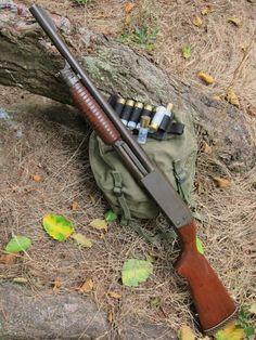 Ithaca 37 featherlight deerslayer police special with 18 in barrel Weapons Guns, Airsoft Guns, Guns And Ammo, Ithaca Shotgun, Combat Shotgun, Tactical Shotgun, Hunting Rifles, Cool Guns, Firearms
