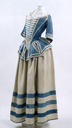 I love Dutch clothing! =D Good thing I'm Dutch, I suppose. Ensemble, 1741-1760, Dutch.