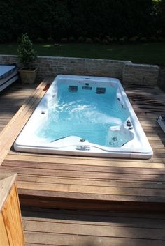The Authorized Supplier and retailer of  swim spas ,hot tubs, home swimming spas,garden hot tubs  and many more.   visit www.michaelpsswimspas.co.uk