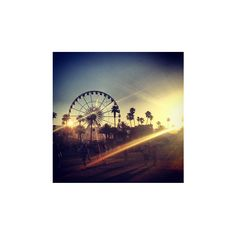The Dreamiest Instagram Pics From Coachella ❤ liked on Polyvore featuring pictures, instagram, backgrounds, fotos and photos