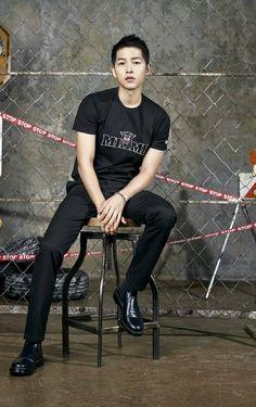 my 1 luv sjk Hot Korean Guys, Korean Men, Descendants, Korean Celebrities, Korean Actors, Song Joong Ki Cute, Everything Song, Song Joong Ki Photoshoot, Soon Joong Ki