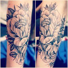 Fresh new tattoo <3 love it !! Flowers underarm #royal ink