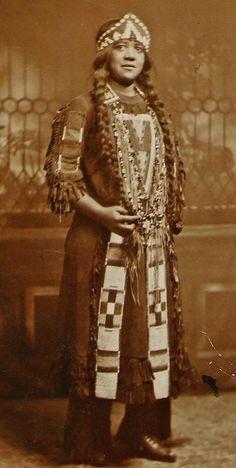 Anna Handy Fontes - Wampanoag (Chappaquiddick Band) - circa 1900