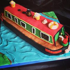 Canal Boat Cake.......