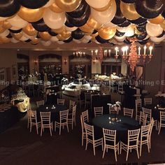 Black And Gold Masquerade Party Centerpieces Great Gatsby Party Theme 20s Party, Great Gatsby Party, 40th Birthday Parties, Anniversary Parties, 70th Anniversary, Masquerade Prom, Masquerade Masks, Prom Decor, Gatsby Decorations