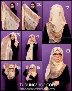 Hijab tutorial- love the glasses too. So hijabi chique Square Hijab Tutorial, Simple Hijab Tutorial, Hijab Simple, Hijab Style Tutorial, Scarf Tutorial, Islamic Fashion, Muslim Fashion, Hijab Fashion, Fashion Dresses