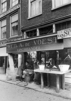 Oud Utrecht: Vismarkt (ca. 1928).