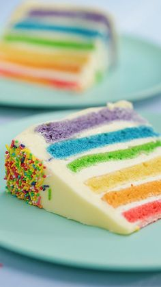 We're celebrating all thing rainbow with this epic vertical layer cake! Check out our easy hack for making each cake the perfect size! # Food and Drink art colour Rainbow Vertical Layer Cake Cute Desserts, Delicious Desserts, Yummy Food, Tasty, Rainbow Food, Cake Rainbow, Rainbow Baking, Rainbow Cupcakes Recipe, Rainbow Things