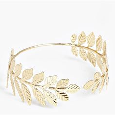 Boohoo Tia Leaf Arm Cuff (€9,10) ❤ liked on Polyvore featuring jewelry, bracelets, arm cuff jewelry, pendant necklace, sparkle jewelry, leaf pendant necklace and stacked bangles