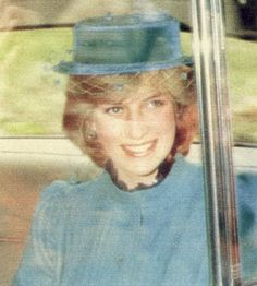 1982-08-22 Diana on her way to Sunday Morning Service at Crathie Church, Balmoral