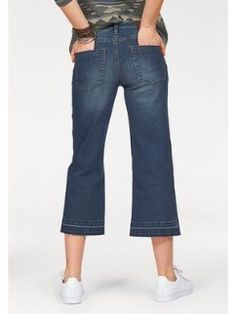 Jeans capri de corte ancho y evasé para mujer ARIZONA Arizona, Jeans Capri, Denim Look, Jeans Store, Trends, Bell Bottoms, Bell Bottom Jeans, Mom Jeans, Fitness