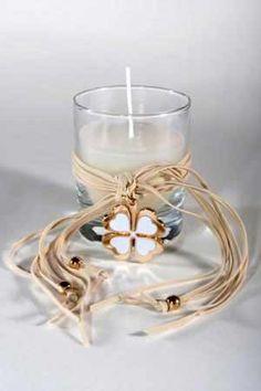 μπομπονίερα κερί με τετράφυλλο