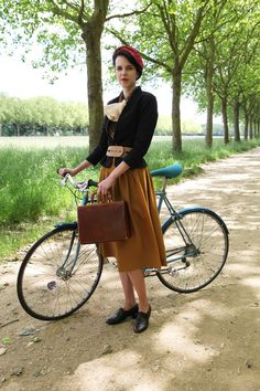 The very best of vintage-inspired cycle chic.