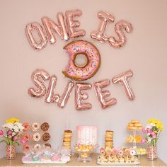 Dekoration Baby Balloon Balloons Birthday Decor decorations Donut Gold Party Rose SWEETOne Is Sweet Balloons Donut Birthday Decor First Birthday Party Birthday Sweet Balloon Donut Baby Birthday Party Rose Gold Decorations First Birthday Theme Girl, 1st Birthday Party For Girls, Donut Birthday Parties, Birthday Party Decorations, Baby Birthday Themes, Birthday Ideas, 1st Year Birthday, Donut Party, Turtle Birthday
