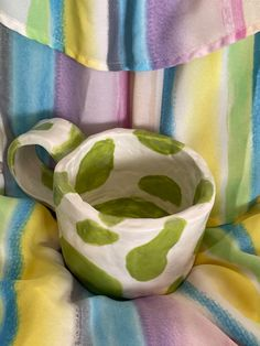 Clay Mugs, Ceramic Clay, Ceramic Pottery, Pottery Art, Diy Clay, Clay Crafts, Deco Cool, Pretty Mugs, Clay Art Projects