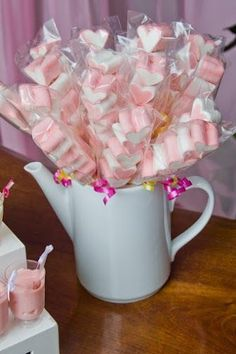 Bride Shower, Baby Shower, Candy Popcorn, Candy Cakes, Wedding List, Candy Recipes, Shower Games, Open House, Tea Party