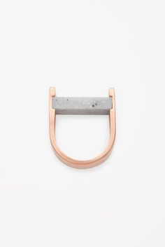 minimal jewelry--Stone bead ring cos