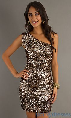 This website has the most adorable dresses, I'm obsessed! Most are very fairly priced as well... NYE, here I come :)
