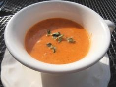 my recipe for sweet and creamy roasted bell pepper soup!