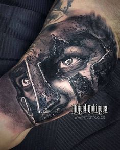 Miguel Bohigues is on Tattoofilter. Find the biography, on the road schedule and latest tattoos by Miguel Bohigues. Miguel es considerado uno de los mejores tatuadores de black and grey de Europa. Tribal Sleeve Tattoos, Best Sleeve Tattoos, 3d Tattoos, Tattoos For Guys, Geometric Tattoos, Tattoo Ink, Viking Warrior Tattoos, Angel Warrior Tattoo, Helmet Tattoo