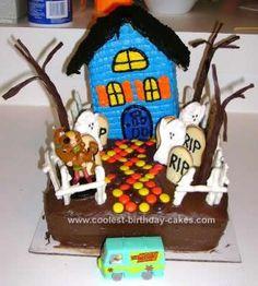 Homemade Scooby Doo Haunted House Cake: I made this Scooby Doo Haunted House Cake for my son's 5th birthday.  He was having a Scooby Doo mystery party and he wanted a haunted house cake.  I used
