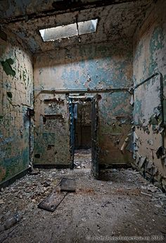 Holmesburg Prison, Philadelphia PA - Photography by Matthew Christopher Murray's Abandoned America
