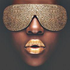 Gold Makeup | Very cool photo blog