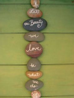 Top Painted Rock Art Ideas With Quotes You Can Do(42)