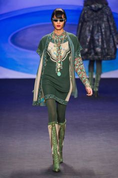 Anna Sui Fall 2014 Ready-to-Wear Runway - Anna Sui Ready-to-Wear Collection