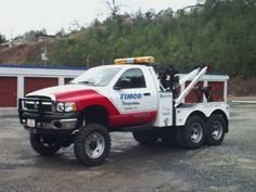 Dodge pickup wrecker with tandem duals              6x6 in the world     by: www.01a-teamservice.com