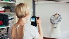 Comment prendre de belles photos, sans pouvoir se payer du matériel de professionnel ? Ces 9 astuces bon marché et très pratiques vont vous changer la vie !