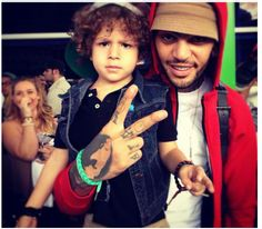 Travis McCoy of Gym Class Heroes. Travie Mccoy, Gym Classes, Fresh Mint, Characters, Pretty, Kids, Young Children, Boys, Figurines