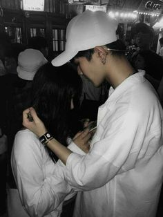 A million times over I will choose you^^♥~ . Boy Best Friend Pictures, Boy And Girl Best Friends, Cute Couple Pictures, Couple Photos, Relationship Goals Pictures, Cute Relationships, Korean Couple, Korean Girl, Cute Couples Goals