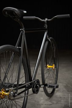 Focale 44 Polo Bike :: BLACK, BLACK, BLACK, gold! ;)