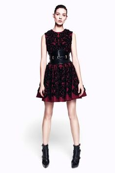 Alexander McQueen Pre-Fall 2012 Collection. Love how the belt pulls the whole outfit together.