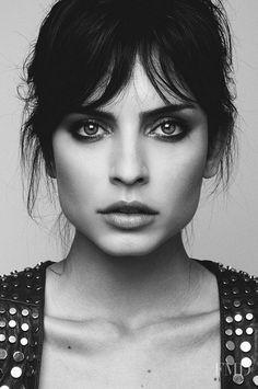 // Cris Noronha | FMD // female portrait