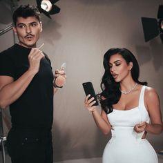 Kim Kardashian Balmain, Kim Kardashian Kylie Jenner, Kim Kardashian Wedding, Kardashian Beauty, Kendall Jenner Style, Kardashian Kollection, Kardashian Style, Kim K Style, Event Dresses