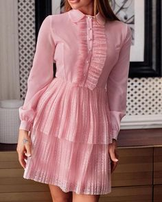 Lace Patchwork Pleated Layered Dress trendiest dresses for any occasions, including wedding gowns, special event dresses, accessories and women clothing. Tight Dresses, Simple Dresses, Cute Dresses, Casual Dresses, Fashion Dresses, Summer Dresses, Evening Dresses, Trend Fashion, Look Fashion