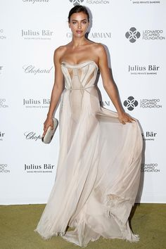 Irina Shayk​ in #AtelierVersace at the #LeonardoDicaprioFoundation event in Saint-Tropez - July 22, 2015 #VersaceCelebrities