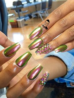 In look for some nail designs and ideas for the nails? Here is our list of 38 must-try coffin acrylic nails for fashionable women. French Nails Glitter, Metallic Nails, Acrylic Nails, Metallic Pink, Coffin Nails, Fabulous Nails, Gorgeous Nails, Pretty Nails, Sexy Nails