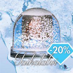Lumisadepallo on vuoden must joululahja varsinkin jääprinsessoille. 🌨❄️💕🎁 | www.kuvaverkko.fi #taikatalvi #lumisadepallo #snowglobe #kuvatuote #photoproduct #valokuva #muotokuva #lapsikuva #päiväkotikuva #koulukuva #kuvaverkko #jääprinsessa #gif #video #lumisade #lumi #snow #joululahja #ale #tarjous (Tarjous voimassa 27.11.2016 asti.)