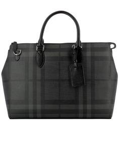 BURBERRY BLACK PVC HANDLE BAG. #burberry #bags #shoulder bags #hand bags #pvc #leather #