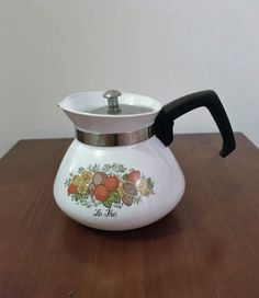 """Vintage 1960s Corning Ware 'Spice of Life"""" Stove Top Kettle P-106-8 / 6 Cup Coffee Pot / Retro Tea Pot by V1NTA6EJO"""