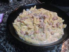 Macarrones carbonara exprés con carne para #Mycook http://www.mycook.es/receta/macarrones-carbonara-expres-con-carne/