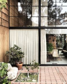 love this * Case Study House #8, Charles and Ray Eames, 1949 HOUSE (AFTER FIVE YEARS OF LIVING) (1955) This film by Charles and Ray Eames counters the perception of prefabricated architecture as 'cold', by focusing on the organic, hand-crafted, and highly...