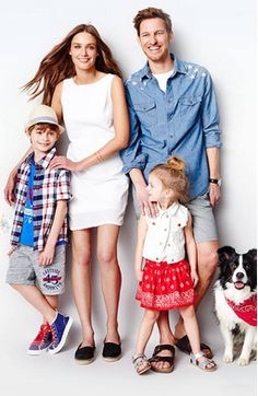 Target online store discounts for family of clothes, groceries, shoes, electronics and so many exciting products available online.