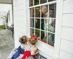 would be cute with flower girl and ring bearer