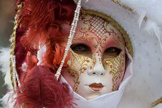 20072d1304392396-disfraces-venecianos-disfraces-de-venecia-mascara.jpg (500×333)